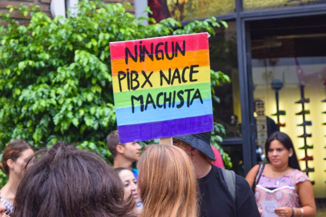 cartel lenguaje inclusivo