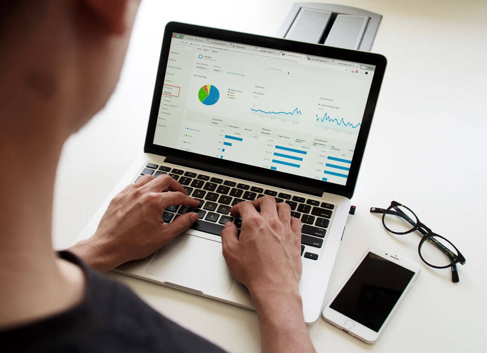 ventajas de una web: herramientas de analitica