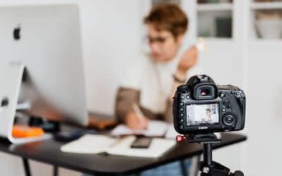 Cómo emitir en directo en YouTube en 2021 [Guía para principiantes]